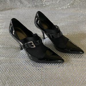 Guess booties size 7